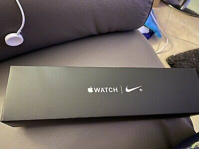 Apple Watch Series 4 Nike+ GPS, 44mm Space Gray Aluminum Case With Original Box