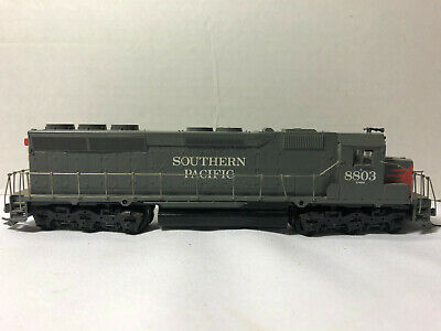 HO Non-Powered Southern Pacific Diesel Locomotive #8803