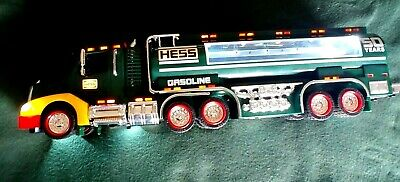 Hess 1964 - 2014 50th year Anniversary Battery Lighted Gasoline Truck and Tanker