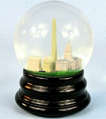 Washington Dc Saks Fifth Avenue Musical Snow Globe Vintage Retired Snowdome
