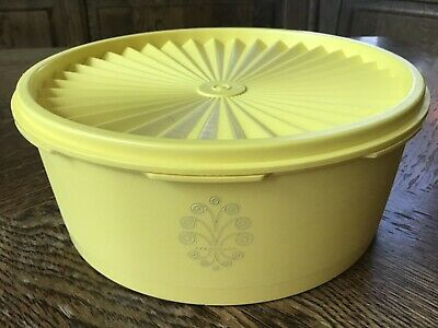 Tupperware Servalier Storage Container Canister #1204 Yellow Lid #1205