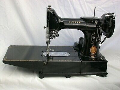 Vintage Singer 222K Featherweight Sewing Machine