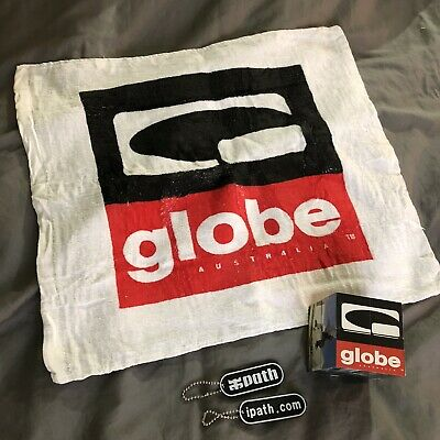 Globe Skate Shoes Promo Towel And Rubic Cube + Ipath Keychains Vintage