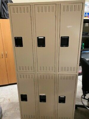 (Great Condition) Tennsco 6 Door Tan Metal Lockers