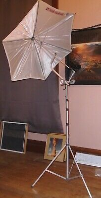 "Larson Reflectasol HEX 36"" Photographer's Umbrella, Includes Tripod"