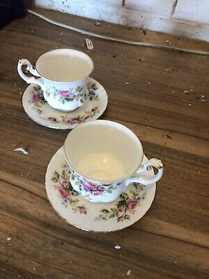 Royal Albert Bone China Floral Moss Rose Pattern 2 X Cups & Saucers
