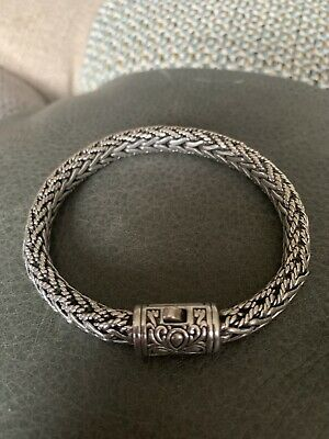 Suarti Sterling Silver Chunky & Unusual Bangle Style Bracelet. (8 Inches - 50g)