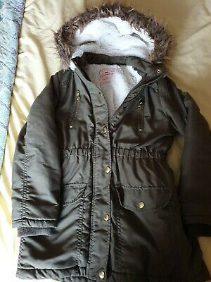 George (Asda)  Khaki Green faux fur lined girls winter coat. 10 - 11 years old.
