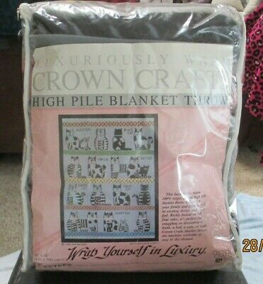 Crown Crafts High Pile Blanket Throw 1988 Pat Meyers Kitty Kingdom