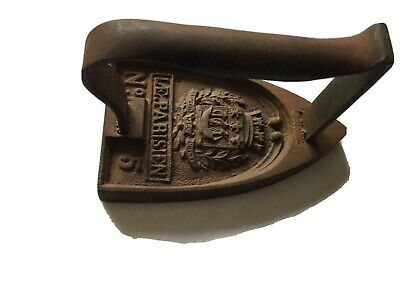 Vintage French Flat Iron No 5 With Shield Detail And Writing Le Parisien