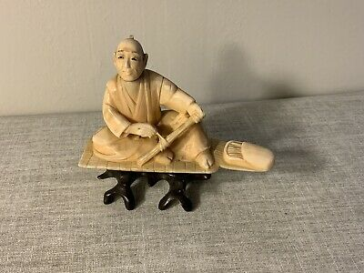 Museum Quality Netsuke Collection 1 Of 11 Old Man Instrument