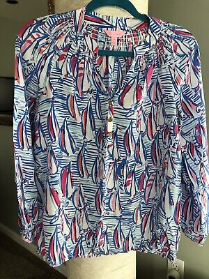 Lilly Pulitzer Elsa silk top blouse With Sailboat Print. Size XS.