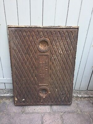 Reclaimed Cast Iron Manhole Cover & Frame