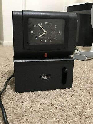 Lathem Time Clock Model 2121 w/ 2 Keys. Free Shipping