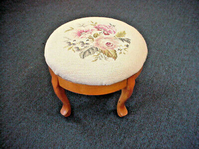 Needlepoint Foot Stool Queen Anne Leg Victorian Style Roses on Ecru Background