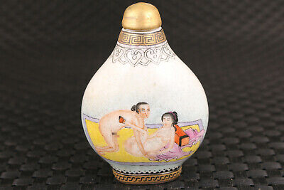Chinese porcelain art girl Belle statue snuff bottle hand painting noble gift