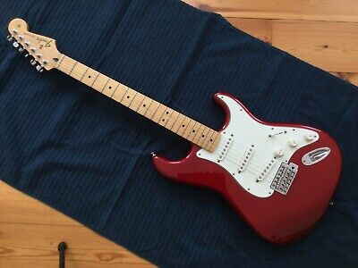Fender Stratocaster Standard, Mexico, Candy Apple Red, Maple Neck, mit Koffer!