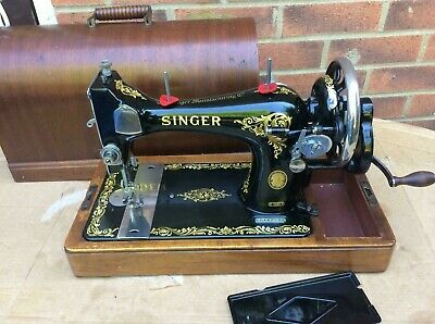 Antique/Vintage Singer 128, 128K handcrank Sewing Machine  with bentwood case.