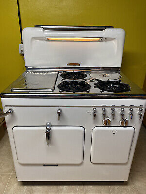 "VINTAGE CHAMBERS MODEL ""C"" White GAS STOVE WORKS GREAT"