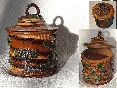 Pot a tabac feuilles relief barbotine tobacco jar pottery terracota majolica