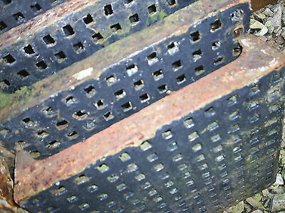 Large Original Cast Iron Air Vent. Grid / Metal Grate Grill. 1ft x 1ft Reclaimed