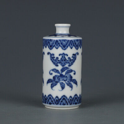 "3.5"" Old qianlong marked blue and white Porcelain painted bat peach Snuff Bottle"