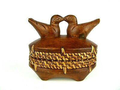 Vintage Carved Wood Trinket Box With Kissing Birds On Top - Adorable!