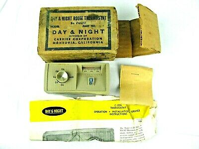 True Vintage Carrier C-2DN Thermostat DAY & NIGHT -HEATING