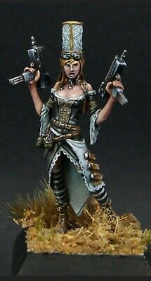 Maow Miniatures - Sophie Bigoude Limited Edition