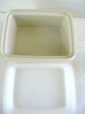 VINTAGE Tupperware Ice Cream Keeper Freeze-n-Save Container #1254, Almond