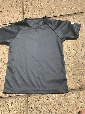 Bnwot Boys Grey Short Sleeve Top From Marks & Spencer Age 6-7 Years with Fault