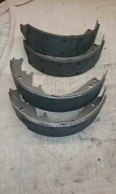 New OEM, Cadillac ESCALADE GM# 19150002 Brake Shoes 766448