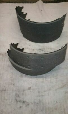New OEM, Cadillac ESCALADE GM# 17473R Brake Shoes 766491