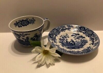"""Spode Cup and Saucer – The Spode Blue Room Collection """"Girl at Well"""" White/Blue"""