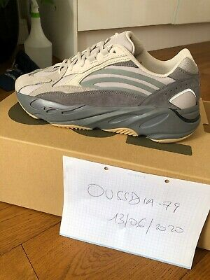 NEW IN BOX Adidas Yeezy Boost 700 V2 Tephra UK 8 US 8.5 EU