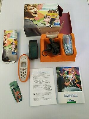 Móvil / Mobile Nokia 3200 almost new. All accesories in perfect conditions!!