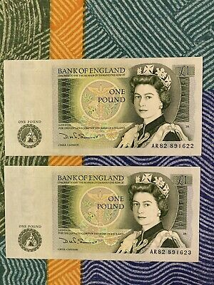 2x Bank Of England Old One Pound Notes - -Consecutive Numbers Uncirculated