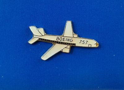 BOEING 757 CLASSIC PASSENGER AIRCRAFT PLANE LAPEL PIN BADGE 1.5 INCHES