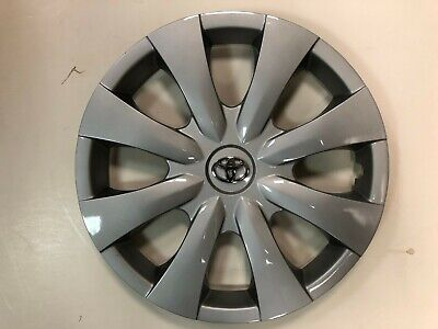 """1x Silver 15"""" Hubcap Fits Toyota Corolla 2009 to 2013 Wheel Cover"""