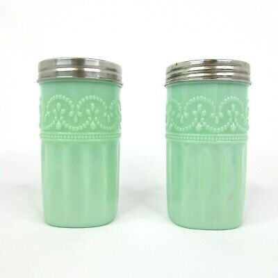 Set of 2 The Pioneer Woman Timeless Beauty Spice Shakers
