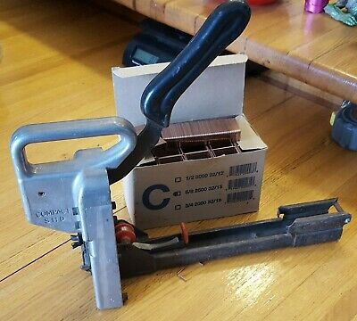 Compact SHD Container Stapling Corp Manual Carton Box Stapler & Box of Staples
