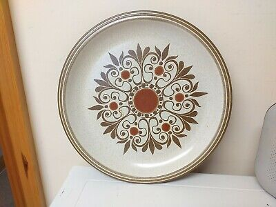 Nice Item,...Retro...dinner Plate....possibly Hornsea..?,..Browns..pottery