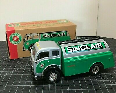 Sinclair Oil White Tilt Cab Oil Tanker  w/Box 1998 reproduction 8th in series
