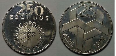 Portugal. 250 Escudos (1976). Revolucion 1974.   Proof.