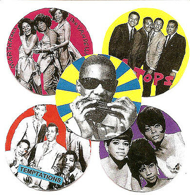 5 Tamla Motown Badges.  4 Tops, Temptations, Supremes.