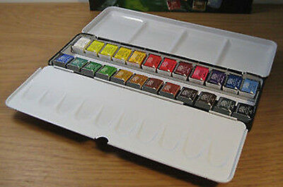 Daler Rowney Artists Quality Watercolour 24 Half Pan