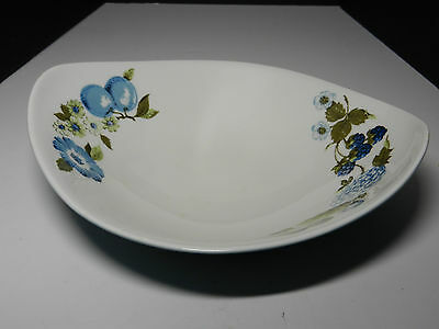 Iroquois Ben Seibel Blue Vineyard Oval Vegetable Bowl