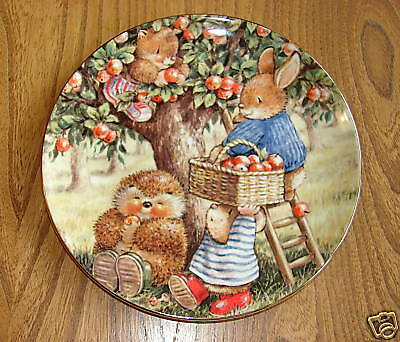 Royal Doulton Plate, Country Companions - APPLE PICKING