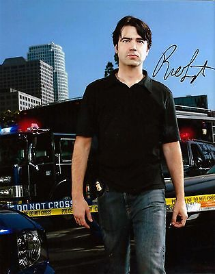 Ron Livingston signed 8x10 Standoff photo / autograph