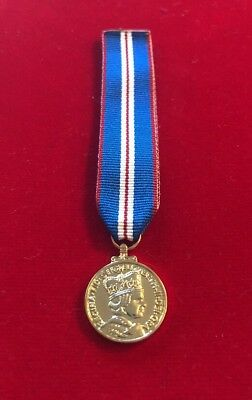 Queens Golden Jubilee Medal Miniature With Ribbon Qgjm  2002